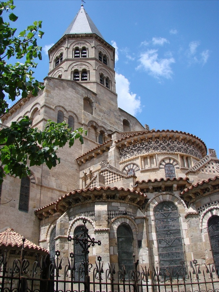 36 best images about romanesque french architecture on for Architecture romane