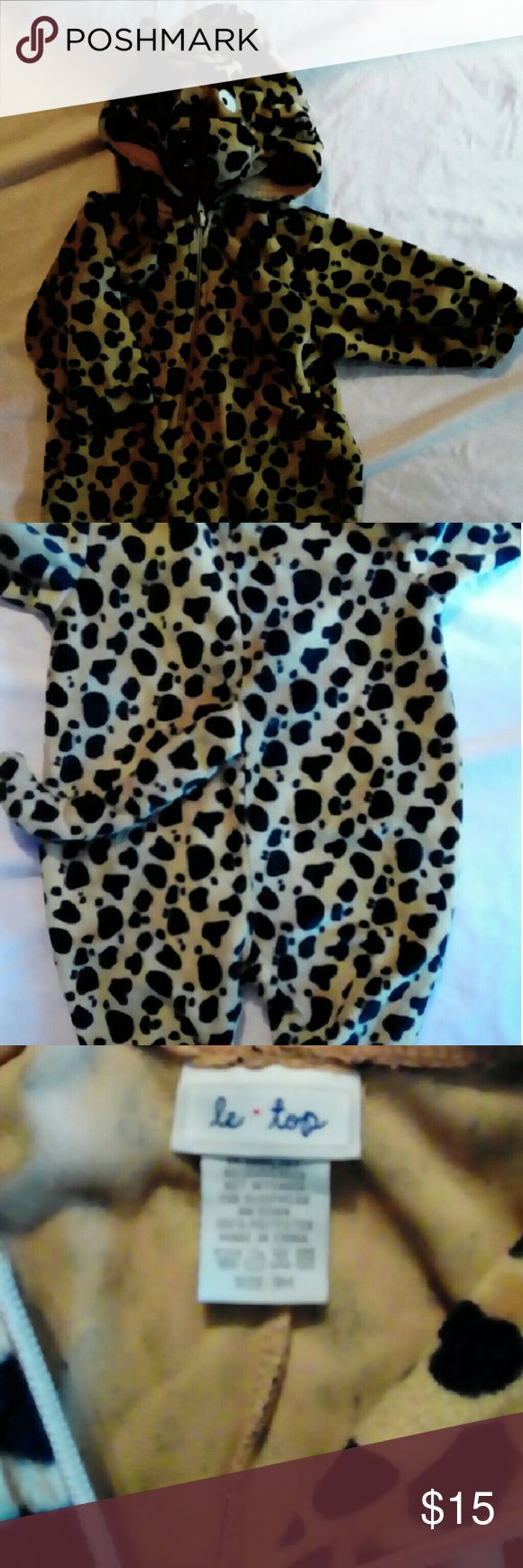 9mos. 1PC, Cheetah outfit with ears face & tail Soo adorable!  Costume or just because!! Gently worn 100% poly One Pieces Footies