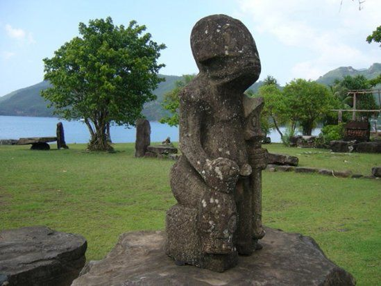 Ancient Aliens In Polynesia - Did Extraterrestrials Visit The Island Of Nuku Hiva? - MessageToEagle.com