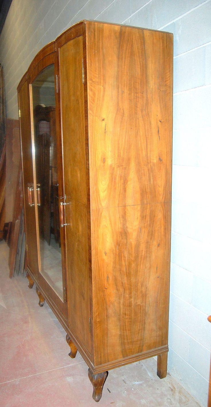 Armadio a 3 ante deco in radica di noce con specchio centrale fronte 186 cm
