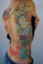 Seleção de tatuagens femininas