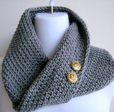 How to Crochet a Tube ScarfSticks It, Tube Scarf, Knits Crochet Sewing, Crochet Tube, Crochet Scarf, Crochet Ideas, Angels Cards, Angel Cards, Simple Crochet