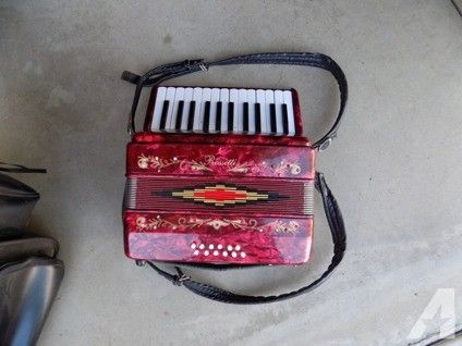 Rossetti Accordion for Sale in Moreno Valley, California Classified | AmericanListed.com