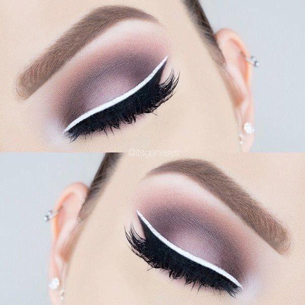 White liquid eyeliner by NYX. Photo credit: @itsgenesys on Twitter.