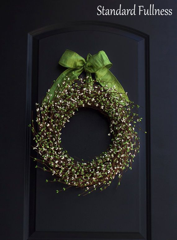 Green & Ivory Pip Berry Wreath Summer Wreath by SimplebyBrooke