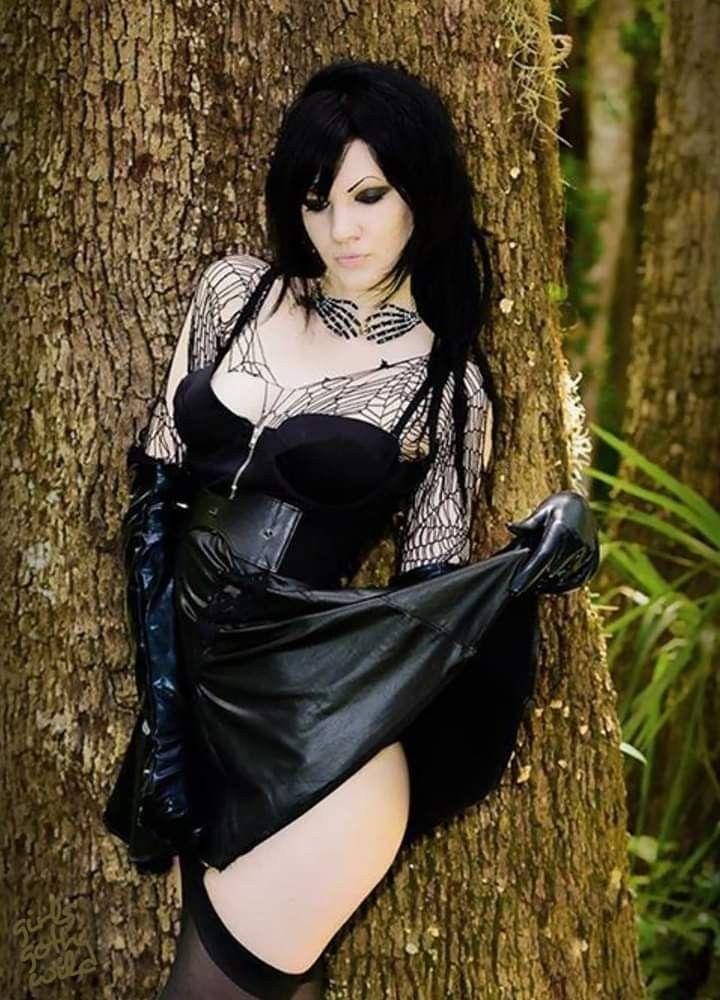 gótico   – Gothic