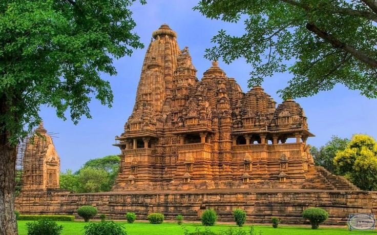 Khajuraho: For art and architecture. The temples of Khajuraho with their intricate carvings of the Kamasutra offer some of the most beautiful temple art in the world. Visit the Archaeological Museum and the Adivart Tribal & Folk-Art Museum to experience the state's vibrant art, history and culture. #CoxandKings