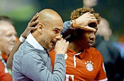 Pep Guardiola völlig enthemmt: Beim DFB-Pokal-Finale gegen Borussia Dortmund kann der Bayern-Trainer seine Freudentränen nicht zurückhalten. Ein gelungenes Karriereende beim FC Bayern für den Fußballtrainer.  Foto: dpa