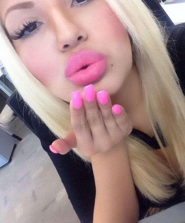 hot sexy pussy lips kiss