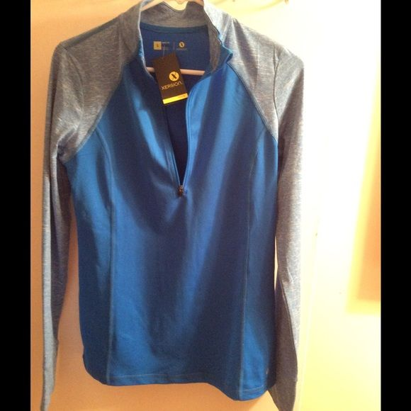 New workout top Long sleeve shades of blue light weight workout top has half zipper very comfortable Xersion Tops