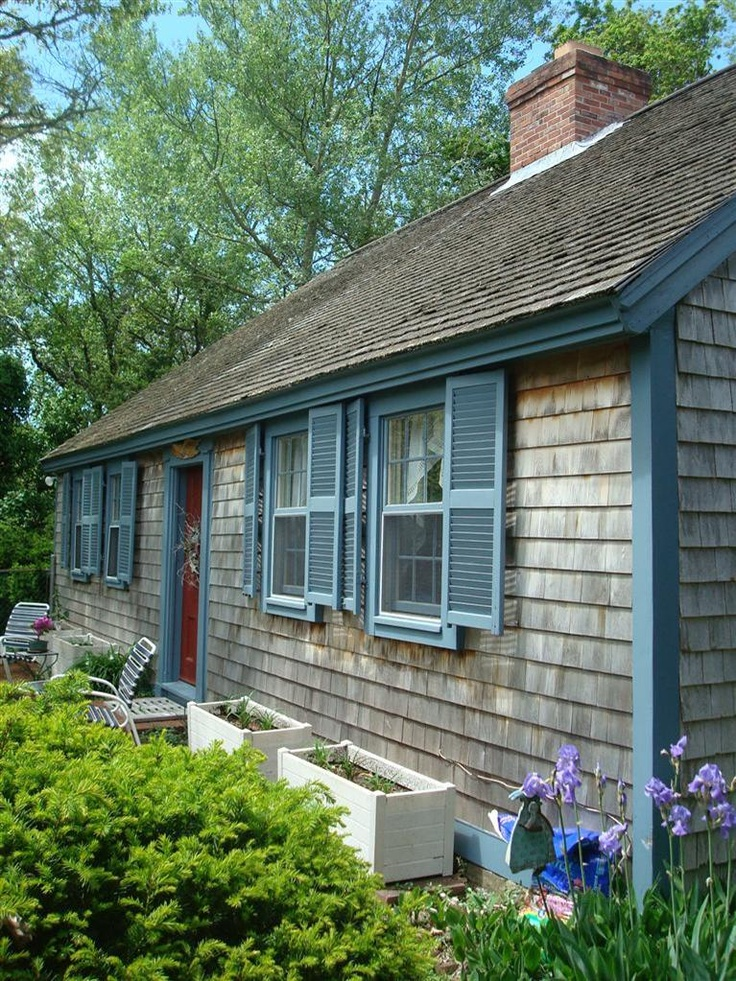 Cape cod exterior color scheme cabin colors pinterest for Cape cod exterior