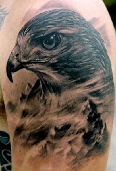 Tatuajes de águilas, aquí os dejo con un artículo con más imagenes de tatuajes  de este fantastico animal http://tatuajesde.net/aguilas/
