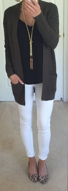 Black camisole or tee shirt, gray oversized cardigan sweater, white skinny jeans, leopard pointed toe flats