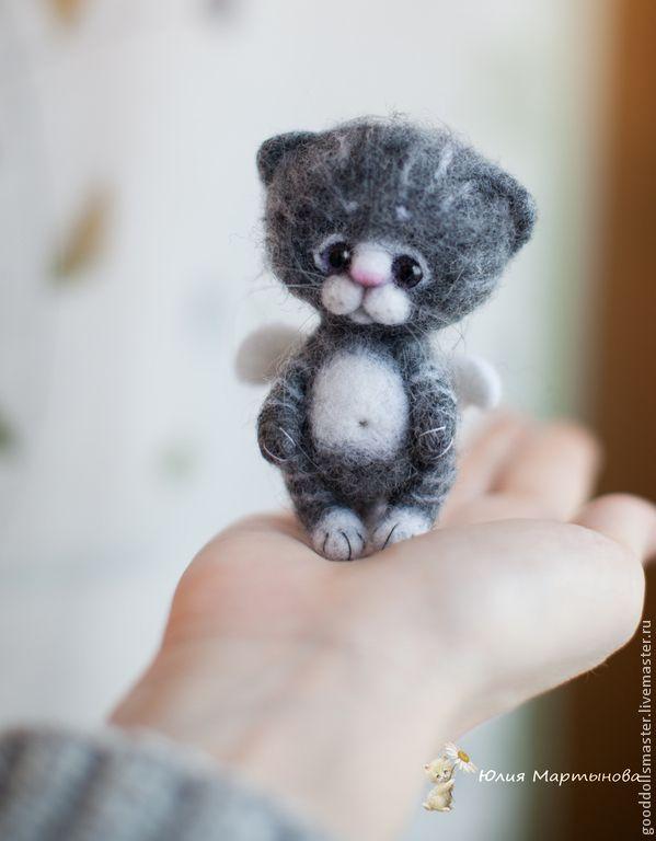 Купить Ангелочек Кнопочка..) - серый, котенок, котенок из шерсти, котенок игрушка, котенок валяный
