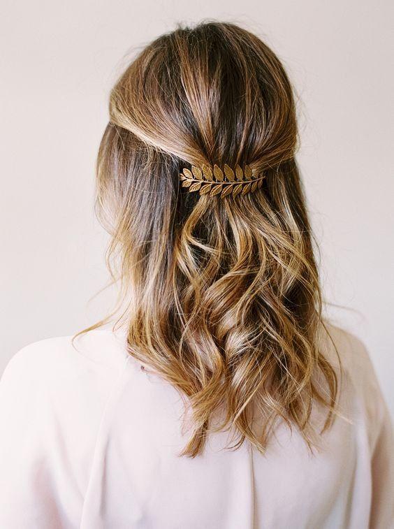 Cheveux: 25 demi-queues repérées sur Pinterest © Pinterest Style me pretty