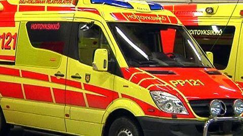 Pohjois-Pohjanmaan sairaanhoitopiirin ensihoito ollaan keskittämässä pelastusliikelaitoksille. Sairaanhoitopiirin hallitus esittää, että valtuusto hyväksyisi ambulanssipalveluiden siirtämisen Oulu-Koillismaan sekä Jokilaaksojen pelastuslaitoksille.