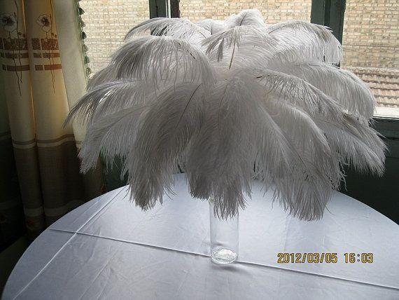 Remise point plume d'autruche de 100pcs pour pièce maîtresse plume, plumes d'autruche blanches, pièce maîtresse de table de mariage, décoration de table de mariage AAA