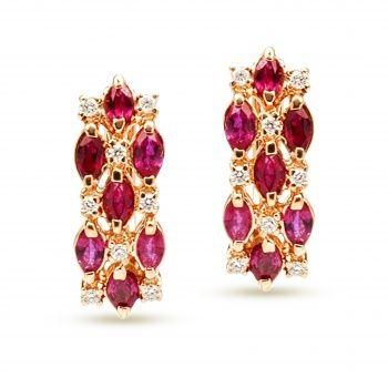Яркие серьги из золота с рубинами и бриллиантами.
