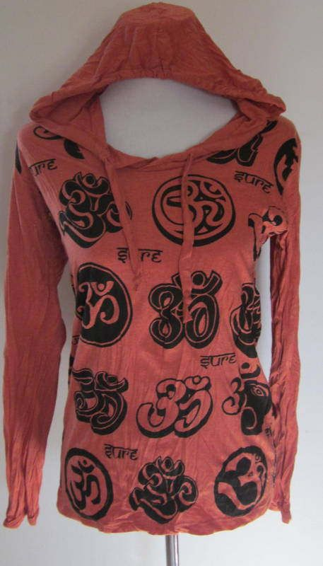 OM  Hooded Cotton Top by isoleynz on Etsy