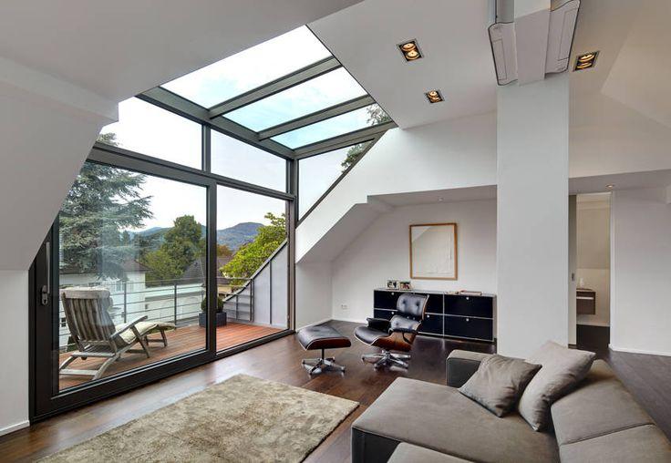 moderne wohnzimmer bilder dachgeschoss mit glasgaube
