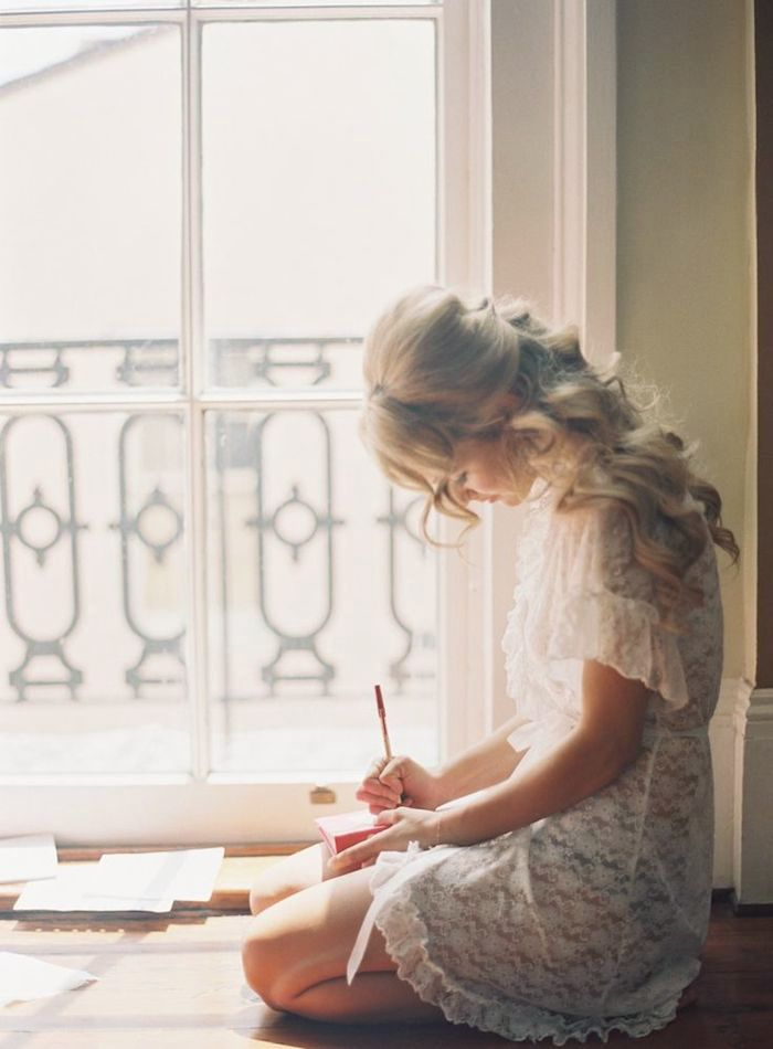 I desire to finish writing something in 2015 <3 Pinned by Martine Sansoucy Photography http://facebook.com/saskatoonphotography http://martinesansoucy.co.nr Destination Wedding & Editorial Photographer