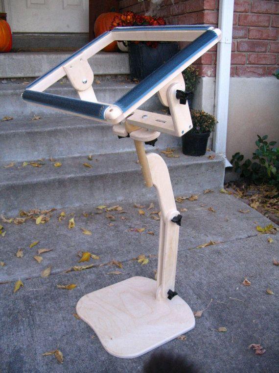 Pioneer II Collapsible Rug Hooking Gripper Frame