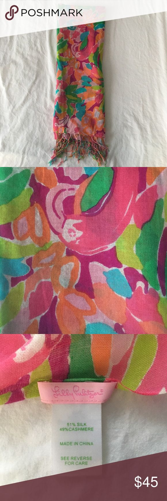 Lilly Pulitzer Murfee Scarf Super cute Lilly scarf in the pattern Lulu! EUC - only worn once. Includes Lilly Pulitzer box for storage. Perfect for spring! Lilly Pulitzer Accessories Scarves & Wraps