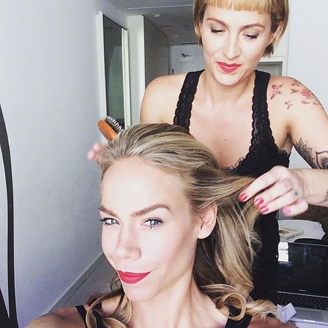 About yesterday with this lovely #beauty #repost @nicolettekluijver_ ❤️ for @hunkemoller #newhkmstory #doutzenkroes #hunkemöller #fashionweek #berlin #makeup #hair #byme #makeupartist #hairstylist #redlips #contour #highlights #brows #blonde #waves #rubywoo #russianred #alltimefavorite 💄using @maccosmetics @davinesdeutschland