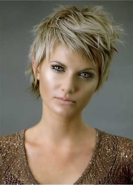 Cool Short Hairstyle for Thick Hair