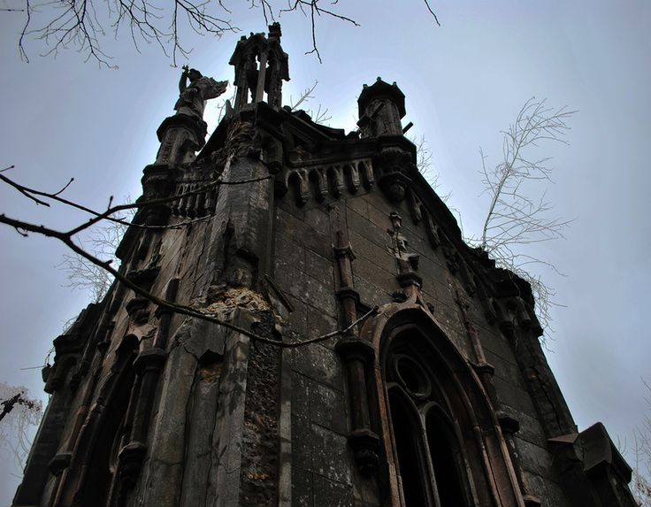 Часовня на лютеранском (немецком) участке на Байковом кладбище. © Олег Промахов (http://op-lot.livejournal.com/). #Chapel #Chapels #Churchyard #Churchyards #Cemetery #Cemeterys #Graveyard #Graveyards #Kiev #Ukraine