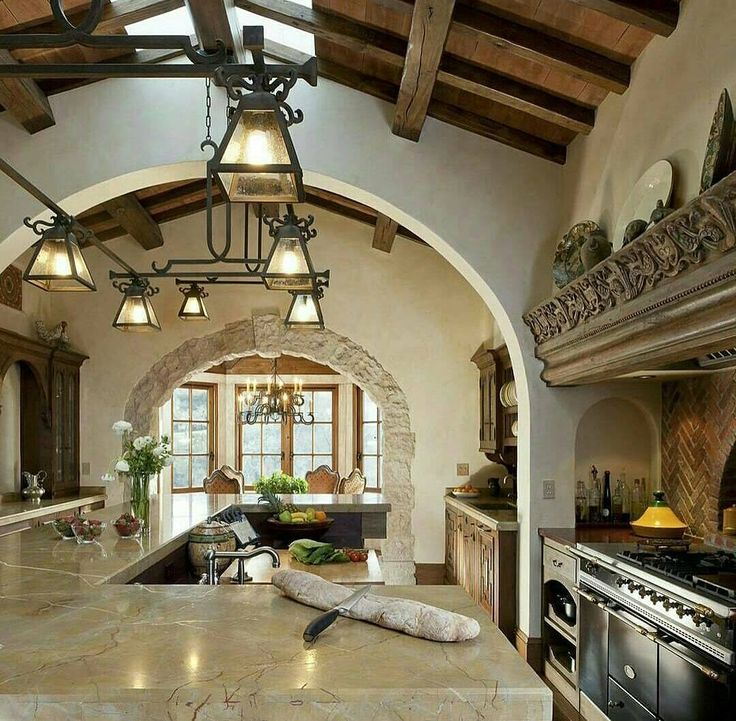 #oldworld #mediterranean #italian #spanish #tuscan #kitchen #home  #homeinteriordetails
