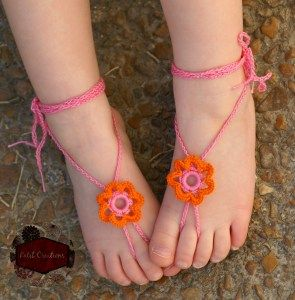 Ring of Petals Barefoot Sandals - Free Crochet Pattern - PatternConnection