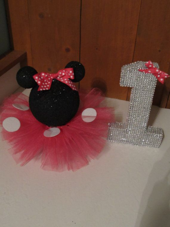 Black Glittery Minnie Mouse Table by PartyStylingsofMandy on Etsy