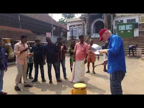 11-8-16 Sound Healing Sree Padmanabhaswamy Temple, Trivandrum, India - YouTube