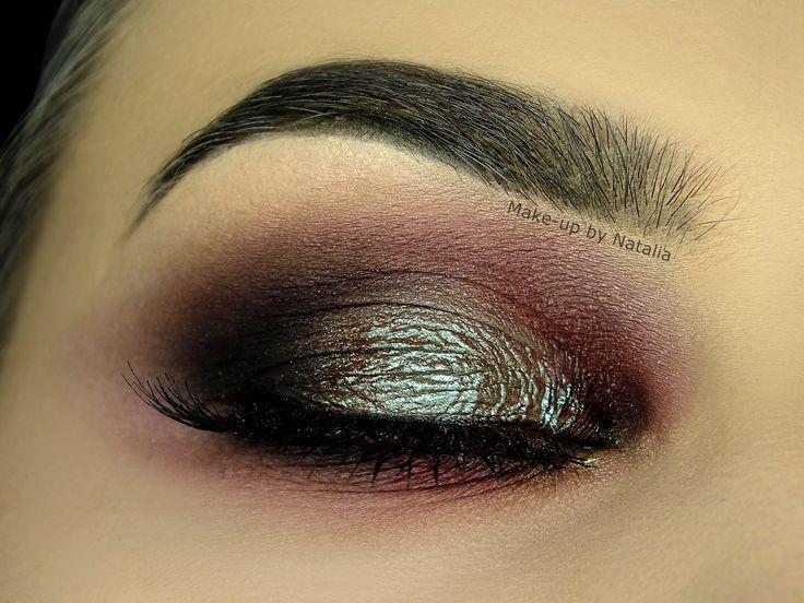Makeup Geek Eyeshadows in Bada Bing and Cherry Cola + Makeup Geek Pigment in Insomnia. Look by: Natalia Piotrowicz