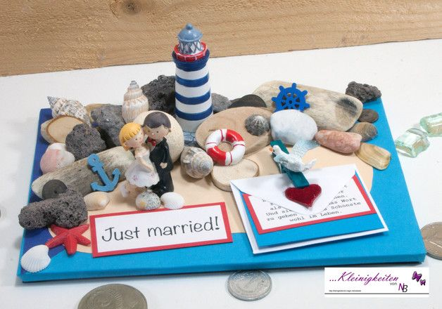 Hübsche 3D Karte für Hochzeit und oder Flitterwochen mit einem Hochzeitspaar auf einer Insel mit einem Leuchtturm an der Ost oder Nordsee.. Tolle Karte zum Thema: Hochzeit, Hochzeitsreise,...