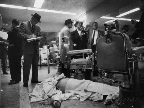 Love and information - george-silk-corpse-of-albert-the-executioner-anastasia-covered-with-barber-towels-on-floor-of-barber-shop.jpg (473×355)