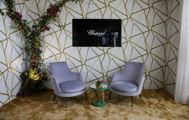 FLEXFORM GUSCIO ARMCHAIRS, designed by Antonio Citterio furnish the exclusive #ChopardRooftop at the Hotel Martinez during the Festival de Cannes 2016.