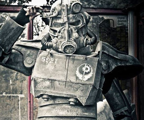 Fallout T45D Power Armor Costume - http://tiwib.co/fallout-t45d-power-armor-costume/ #Costumes