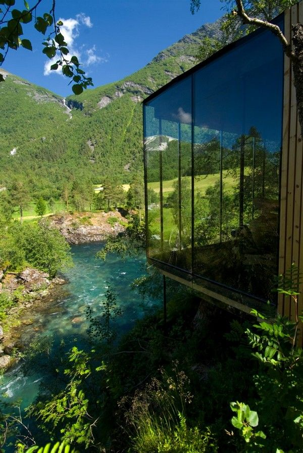 The Juvet Landscape Hotel: Located in Gudbrandsjuvet, Norway and was designed by JSA Architects. Each room it's a small independent house with spectacular mountain views. http://www.juvet.com/the-juvet-hotel/the-hotel