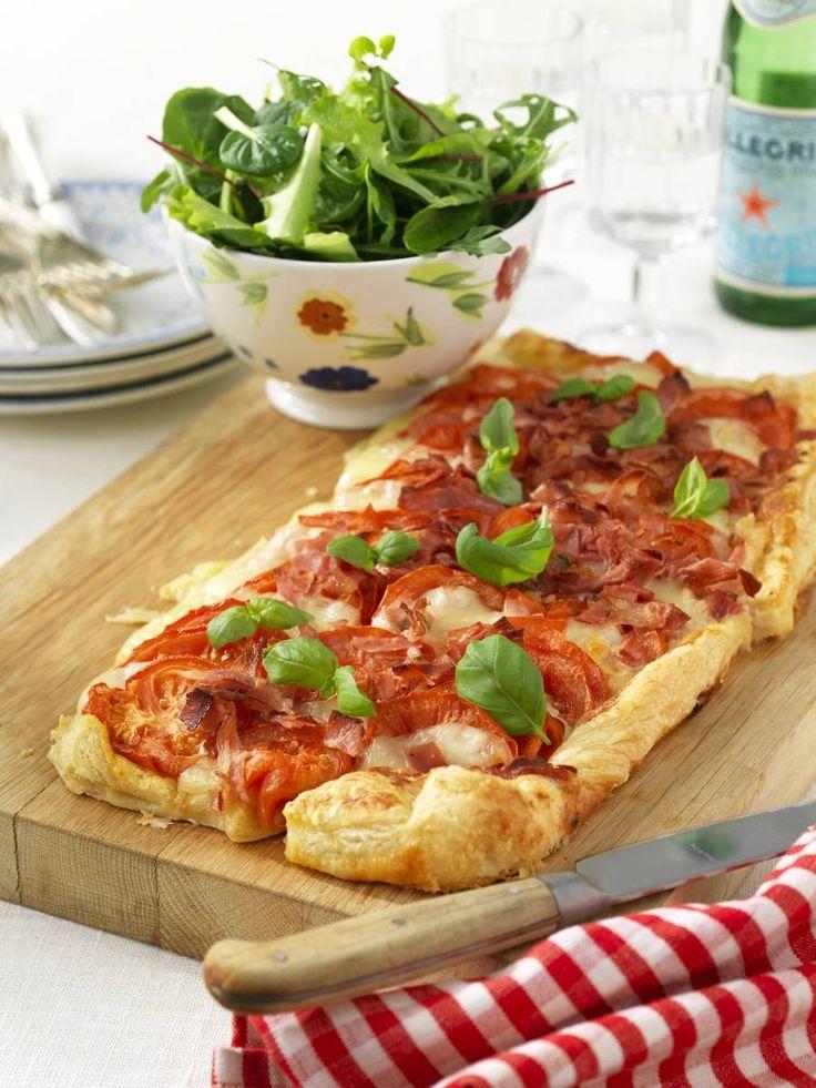 Frasig pizza med mozzarella