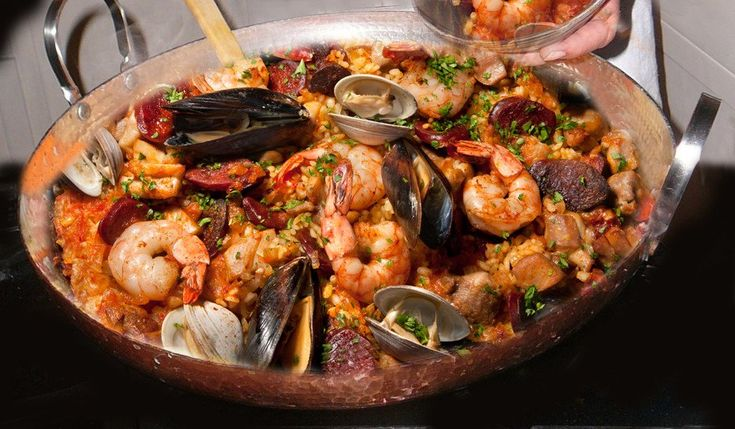 Alicante Paella Pan YUM! Order yours today at ObjectsOfBeauty.com