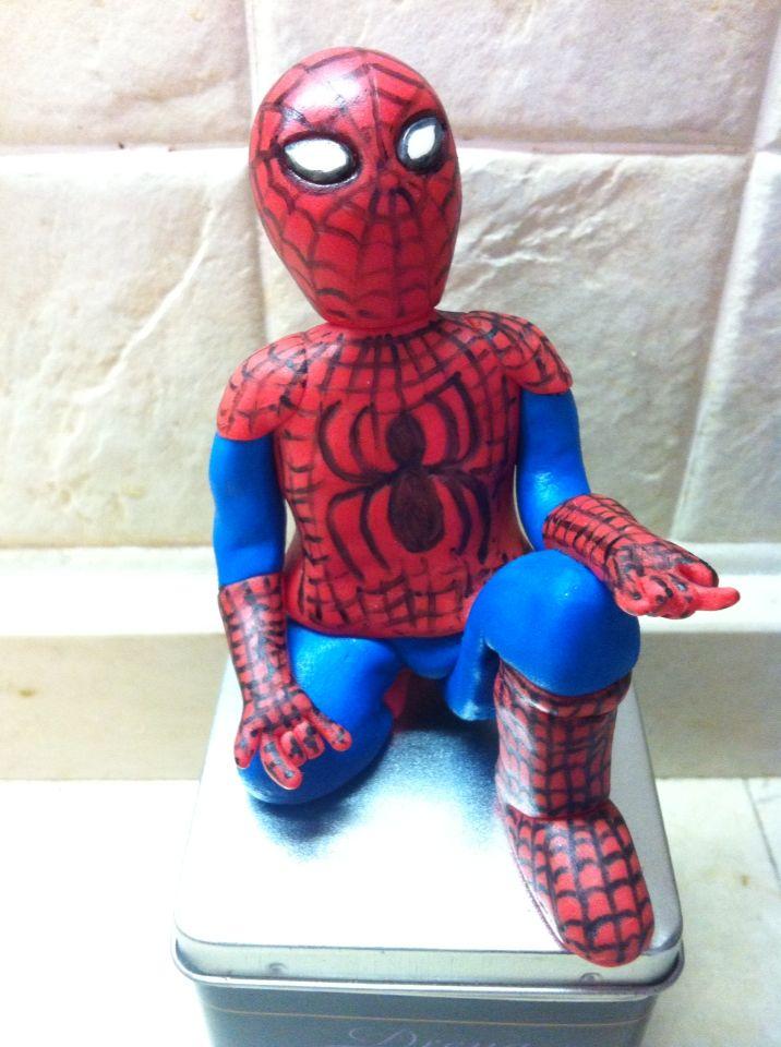 Decorazione Spiderman #cake #birthday #torta #cakedesign #chiryscakes #compleanno #azzurro #baby #spiderman #blue #decoration  #fondant #bambino