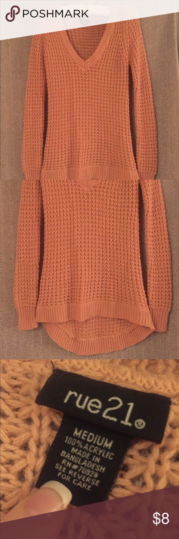 Coral knit sweater Cable knit sweater, good pre-owned condition, snug fit Rou 21 Sweaters V-Necks