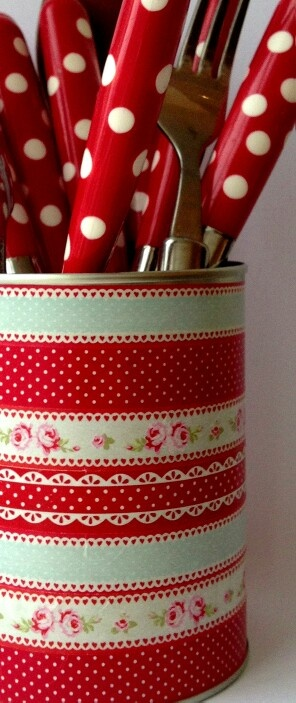 #Red #CountryKitchen #polkadots