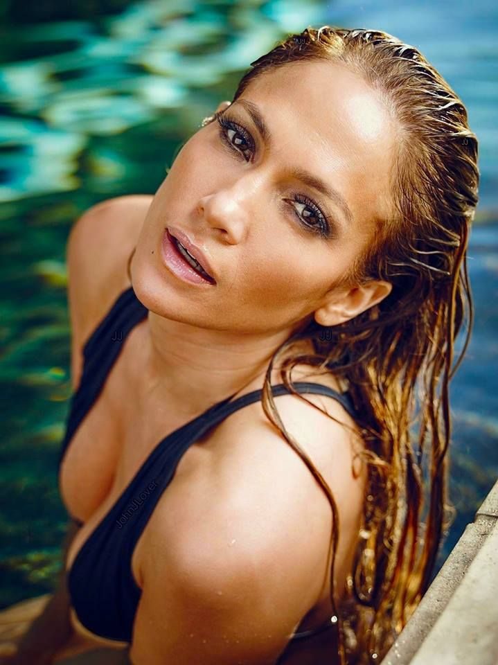 Jennifer lopez milf naked