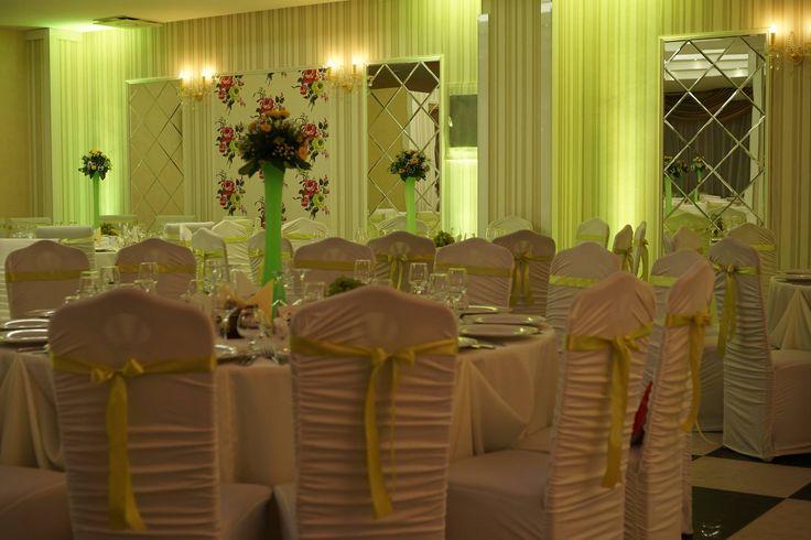 Lumini ambientale pentru nuntă la restaurant Casa Grande