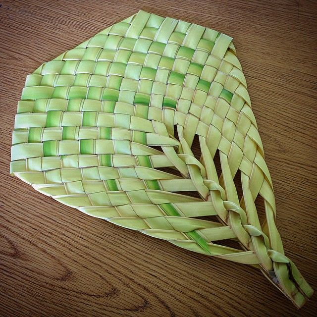 How To Weave A Coconut Leaf Basket : Best carolinian arts and crafts images on