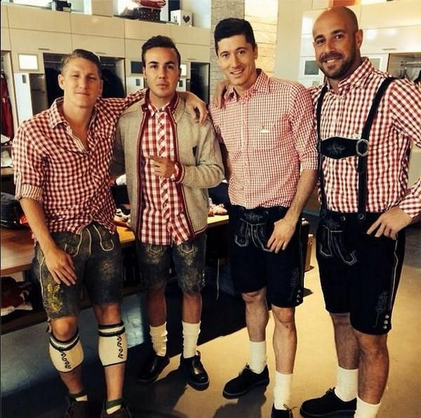 Bastian Schweinsteiger, Robert Lewandowski, Mario Götze, and Pepe Reina Bayern Munich Paulander photo shoot