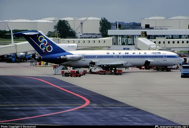 In honor of 727 day (7/27...get it???) an Olympic Airways 727.